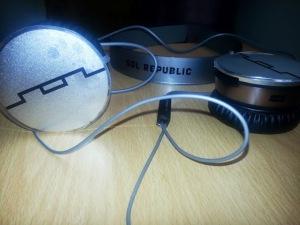 Sol Republic Head phones review