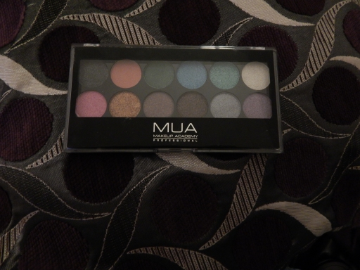 MUA Glitter Ball Palette Review